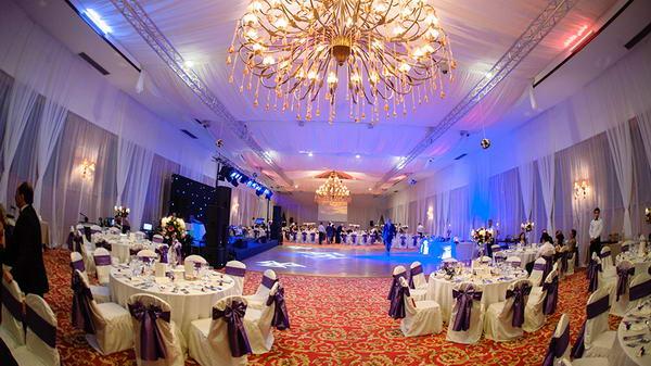 Foto Crystal Palace Ballrooms - locatii nunta botez bucuresti